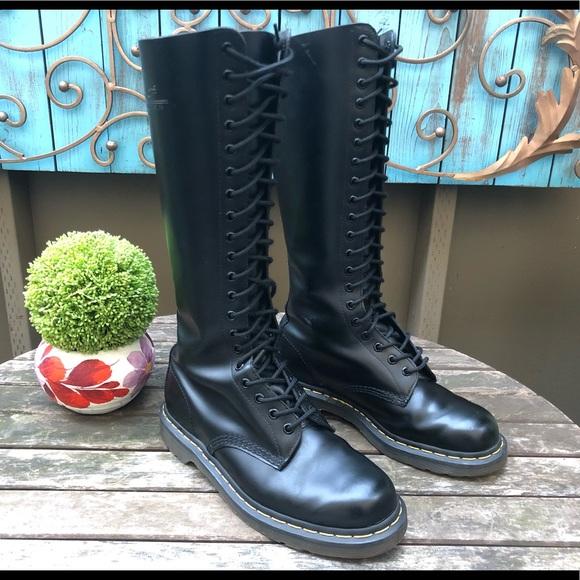 fatica nonostante Scegliere  Dr. Martens Shoes | Dr Martens 11300 Black Tall Boots 20 Eyelet Docs |  Poshmark